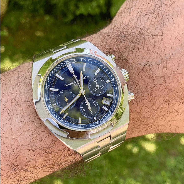 Picture 12 - Vacheron-ConstantinOverseas Chronograph with a metallic blue dial