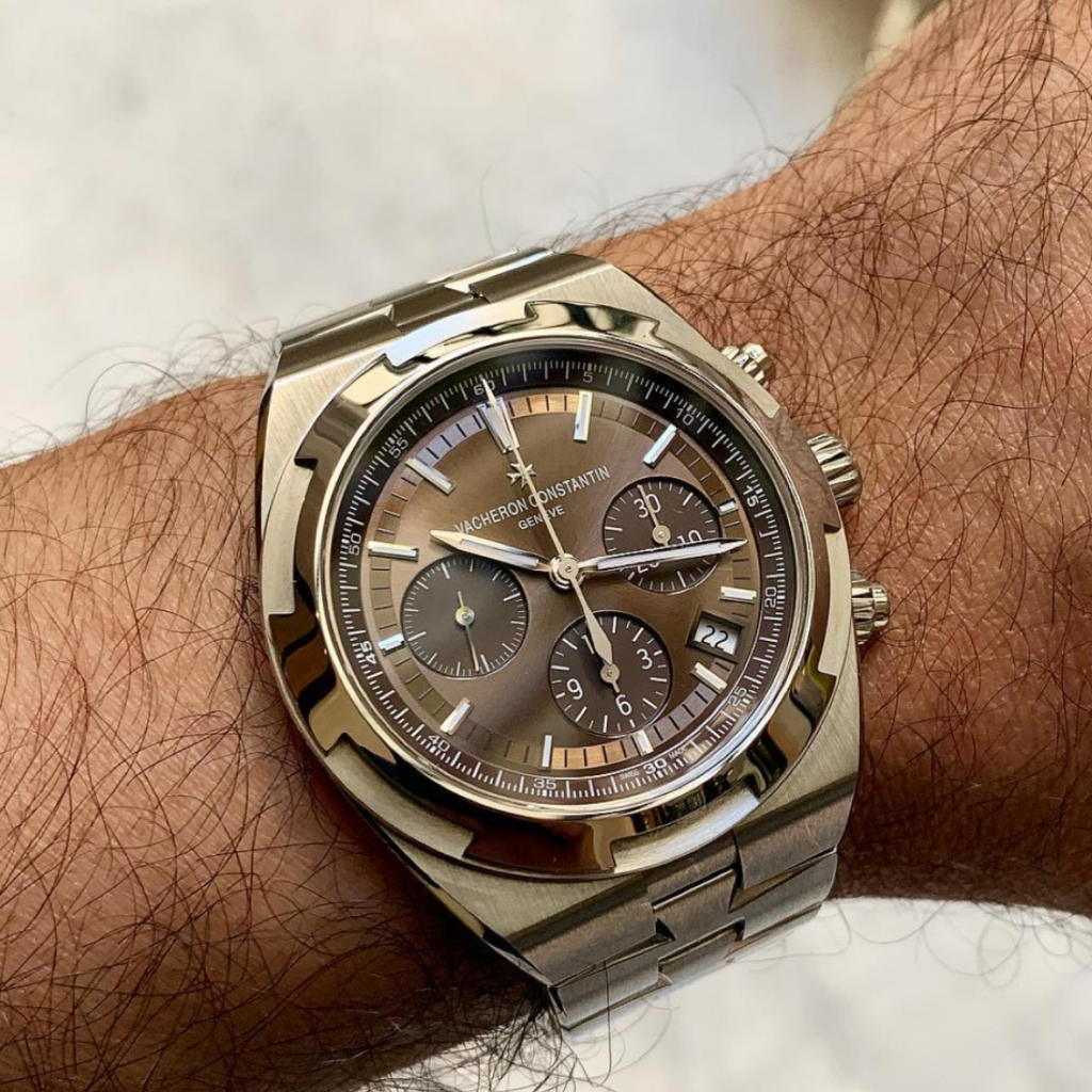 Picture 6 - Vacheron ConstantinOverseas Chronograph with a chocolate dial