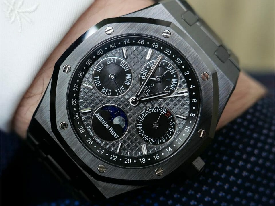 Audemars Piguet - Royal Oak Perpetual Calendar Ceramic Black (26579CE) by Horoloupe - 1