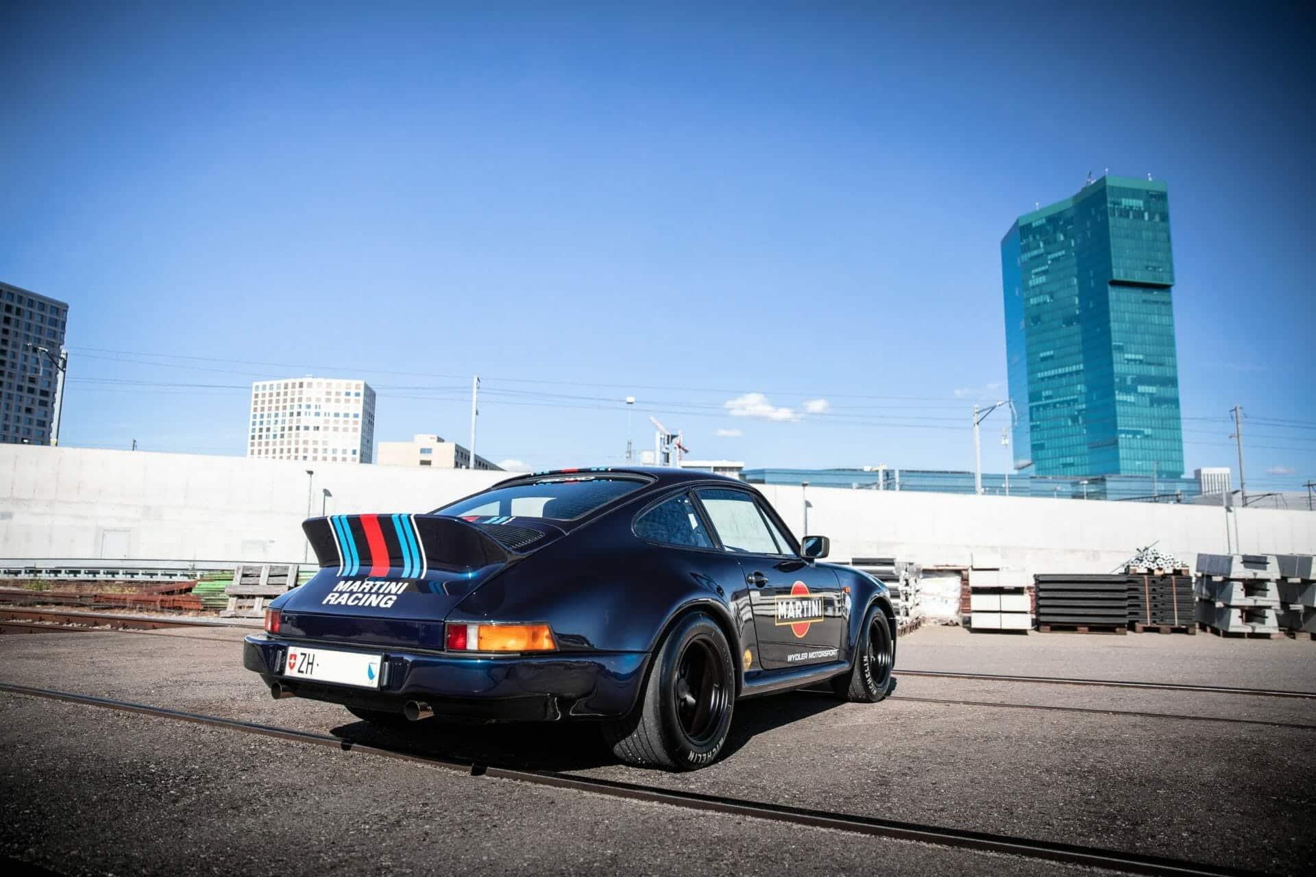 Porsche 911 Martini81 - Picture 16