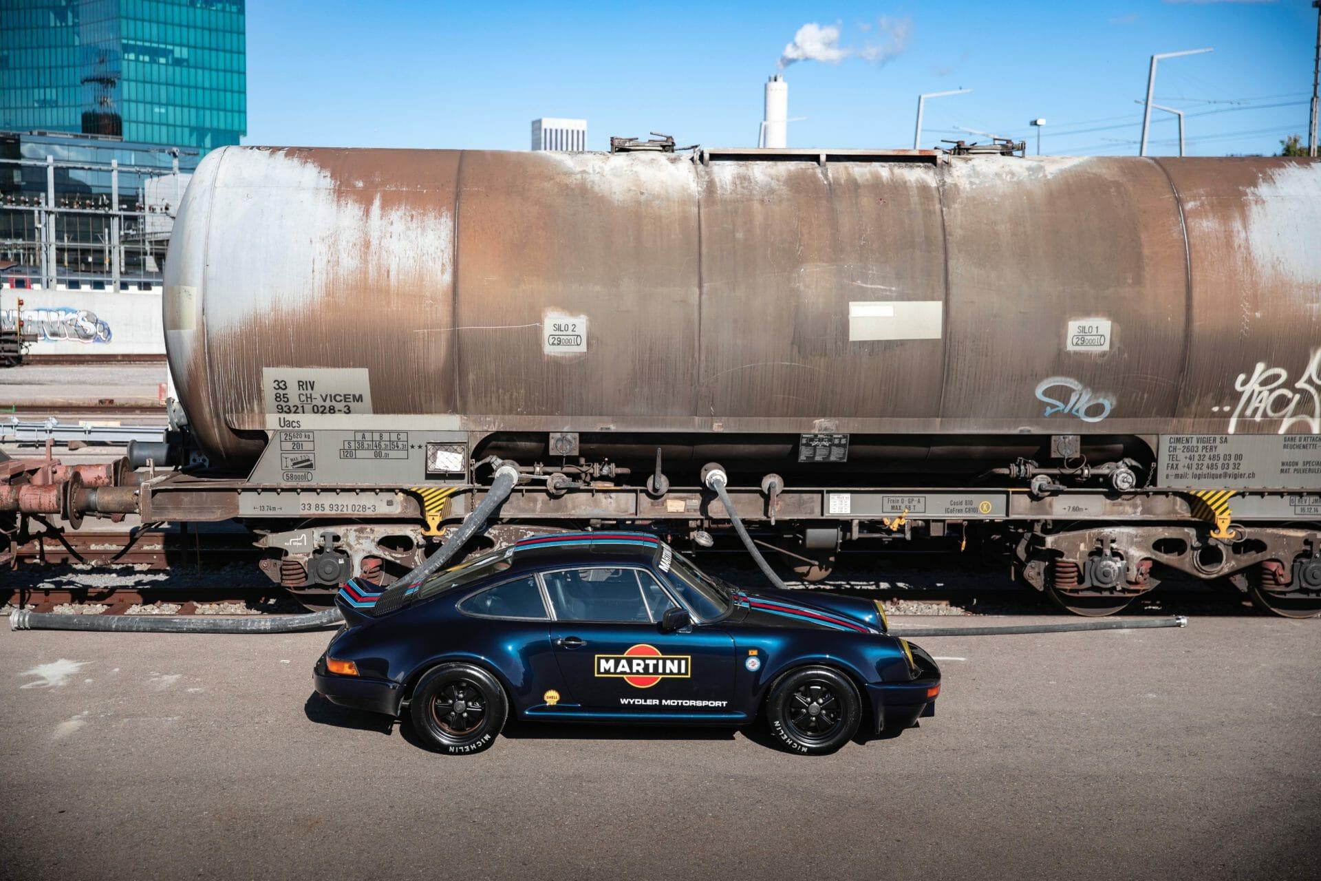 Porsche 911 Martini81 - Picture 2