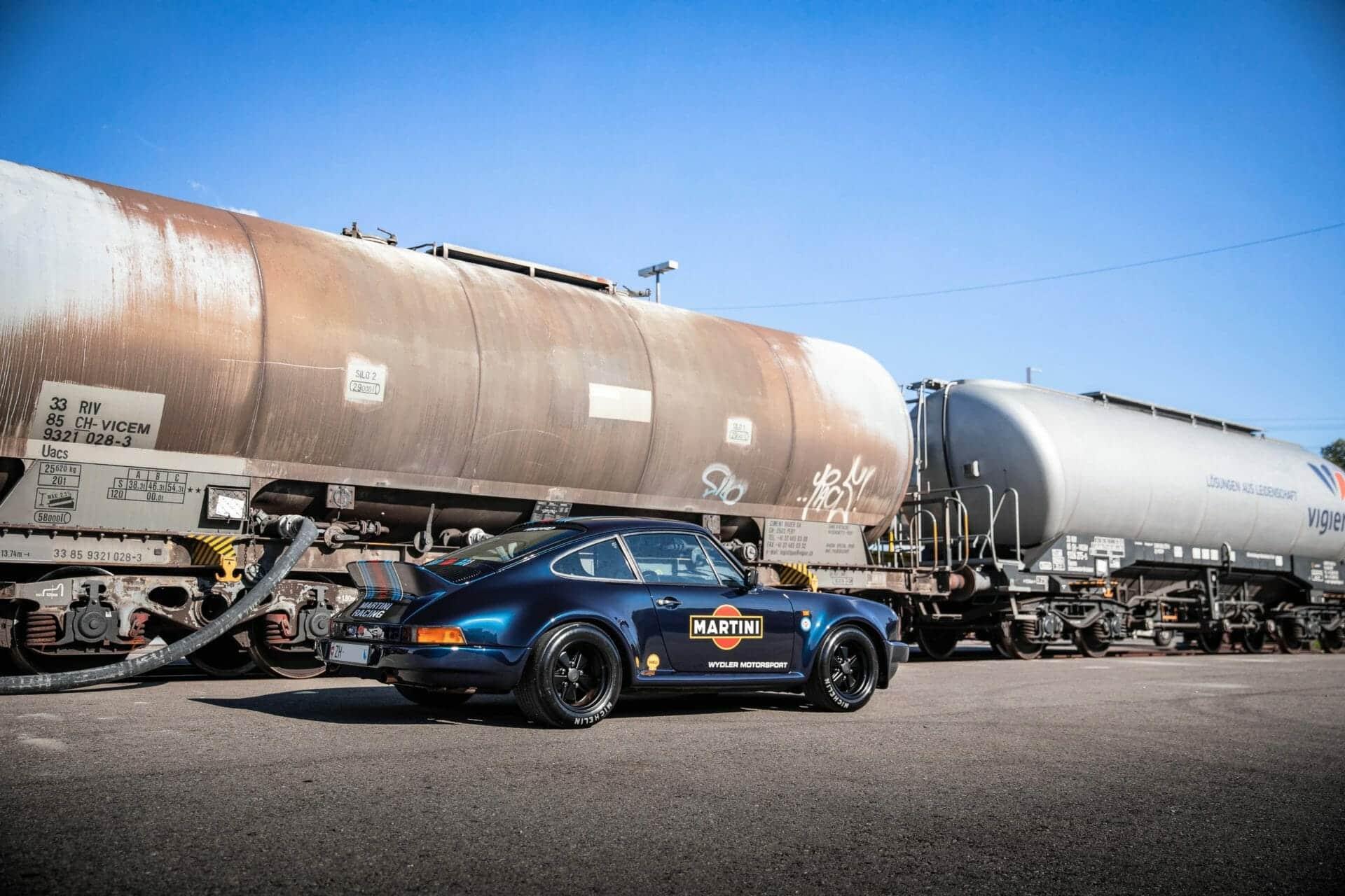 Porsche 911 Martini81 - Picture 5
